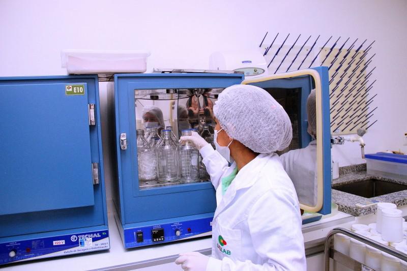 Análises laboratoriais de efluentes